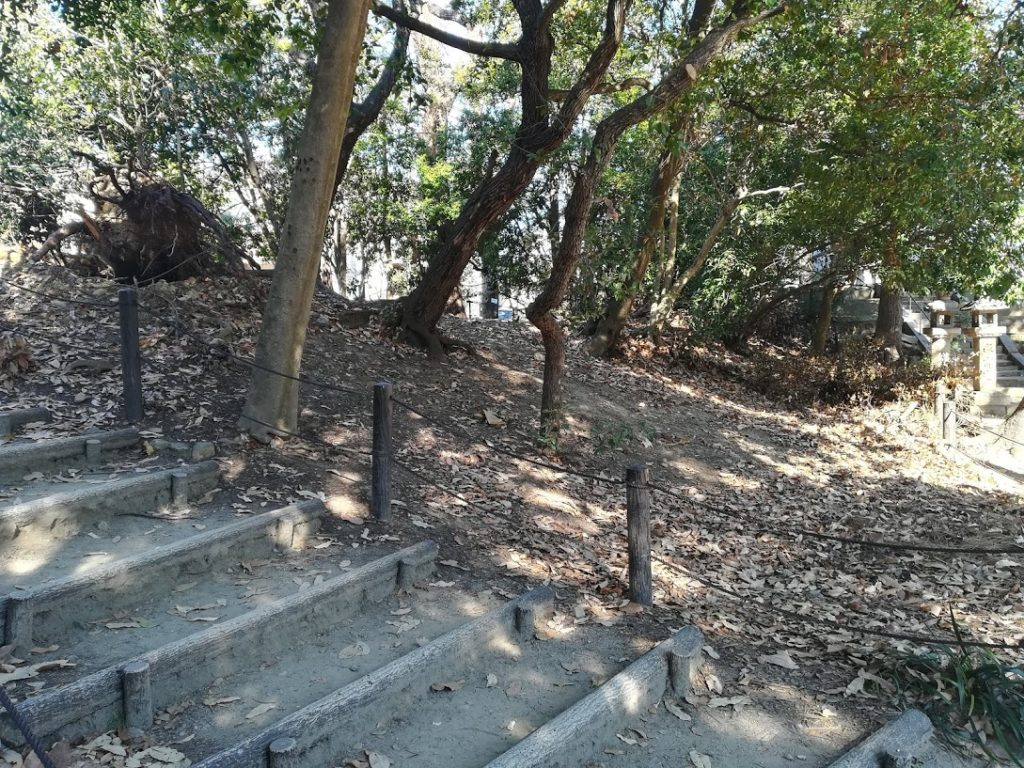 岸の砦土塁3