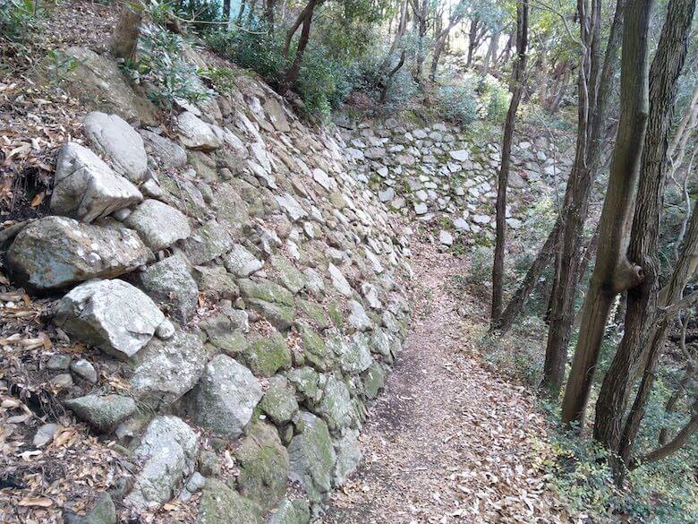 下段の石垣