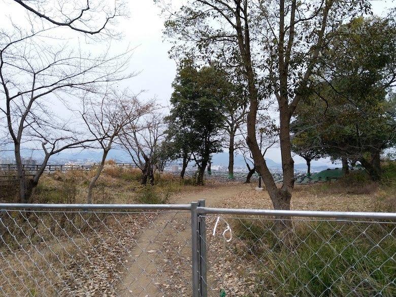 三の丸井戸前フェンス2