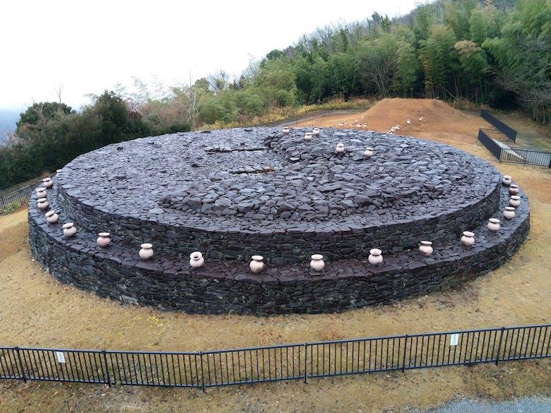 野田院古墳の展望台からの全景